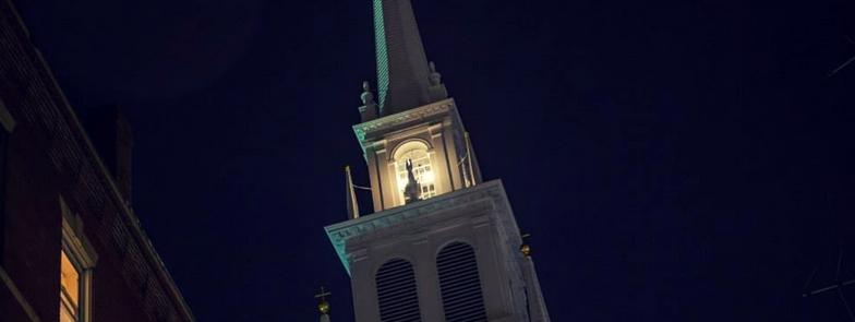QAnon 26 Aprile 2020 - Boston Old North Church