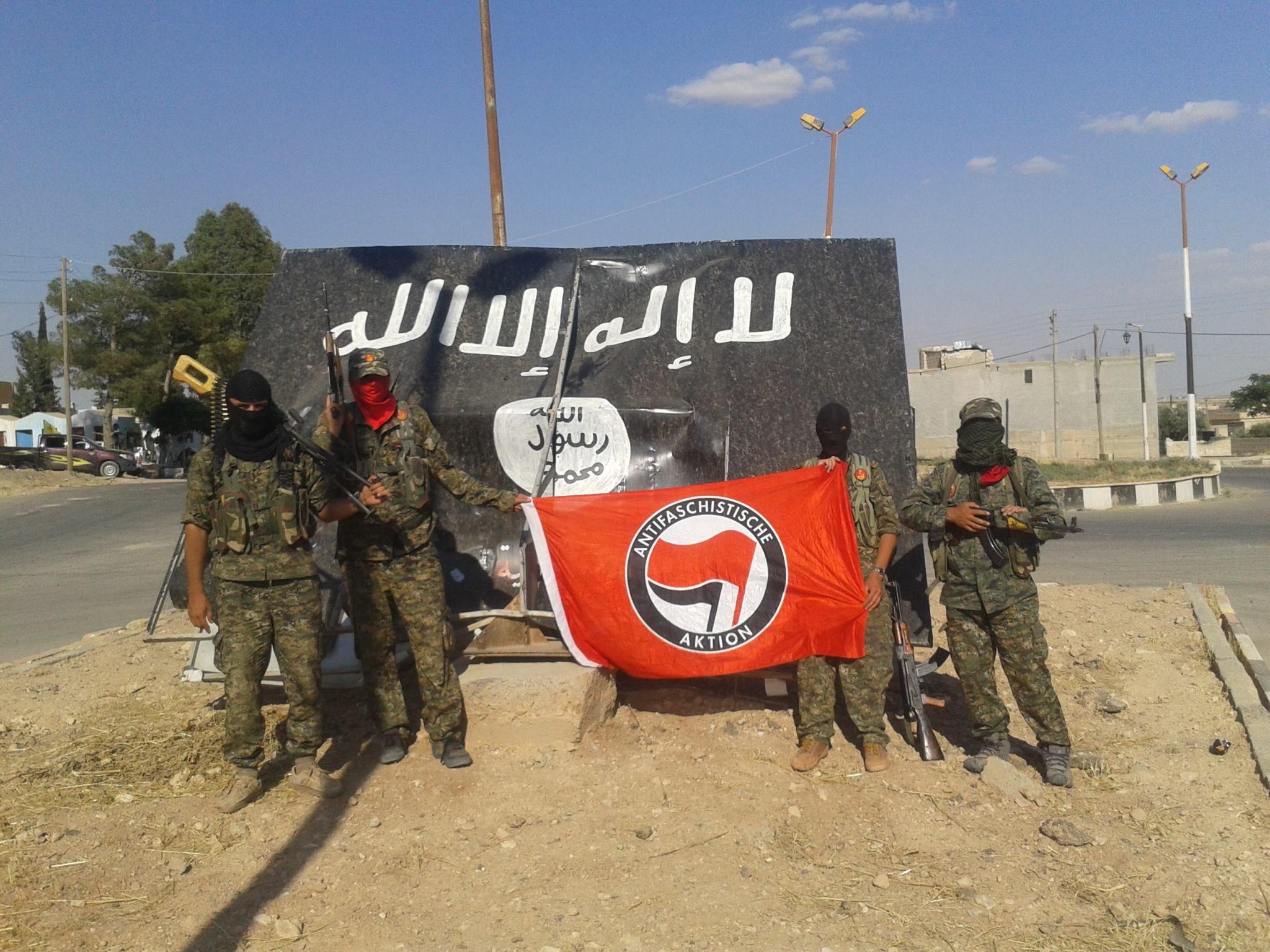 Sýrske YPG/PKK verbujú ANTIFA armádu